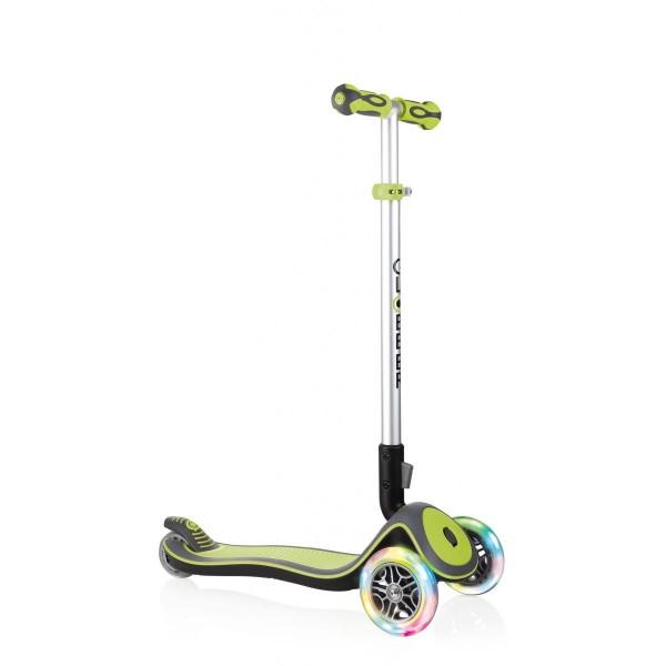 Globber Elite Lights Scooter mit T-Lenker Kickboard mit Leuchtrollen grün